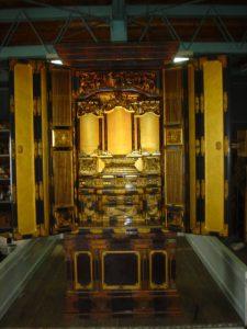 仏壇の洗濯(クリーニング)前の写真 仏壇全体