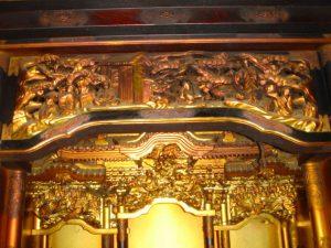 仏壇の洗濯(クリーニング)前の写真 仏壇の彫り物