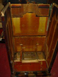 仏壇の洗濯(クリーニング)分解の写真 仏壇の胴体