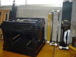 仏壇の洗濯(クリーニング)塗りの写真 台 扉