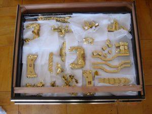 仏壇の洗濯(クリーニング)金箔貼の写真 彫り物