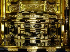 仏壇の洗濯(クリーニング)完成の写真 仏壇内部前面